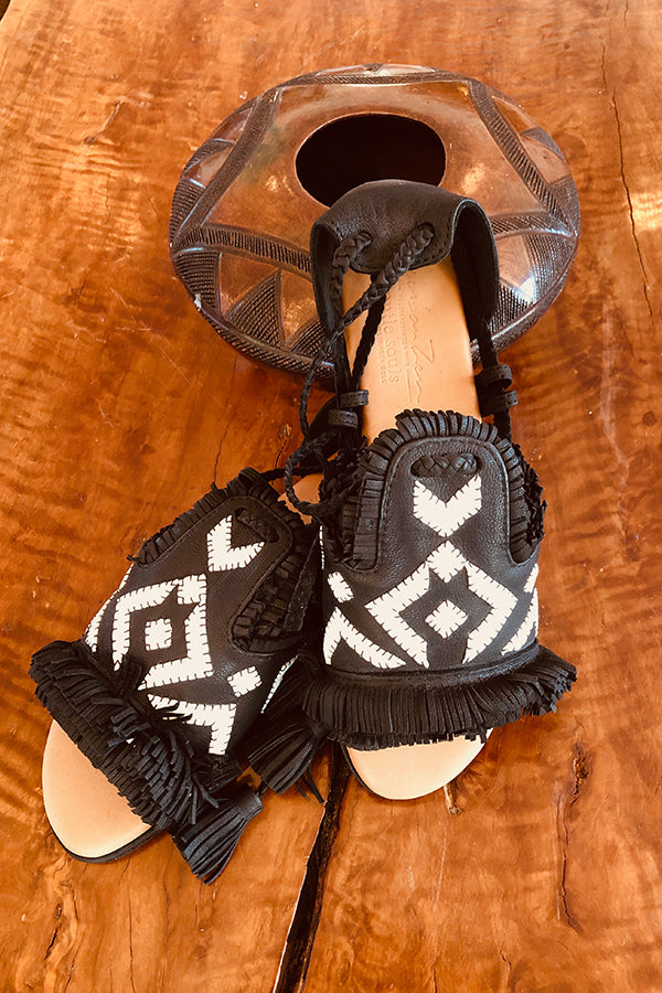 UZ x Gentle Souls Rafine Sandal - Black and White Black and White 6 7 8 9 10 11