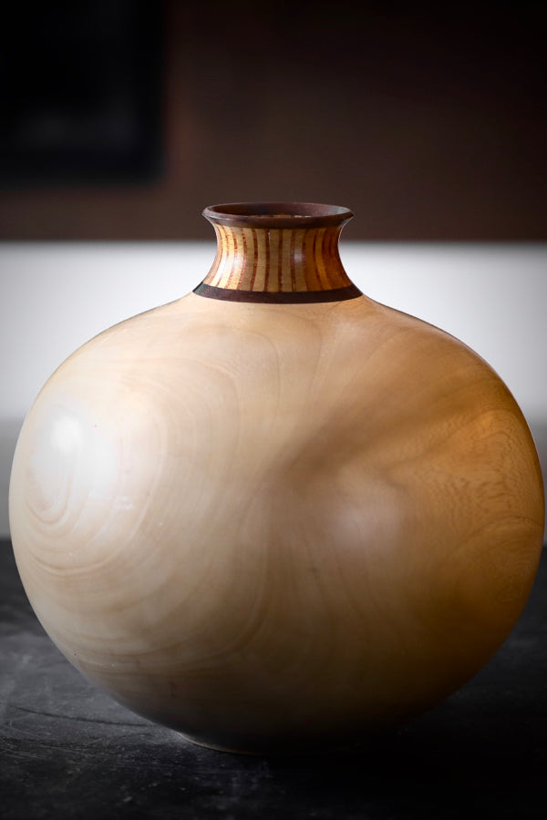 Colombian Wood Vase Tan