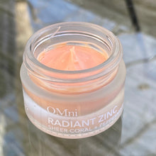 Load image into Gallery viewer, OMni Radiant Zinc | Sheer Coral/Peppermint