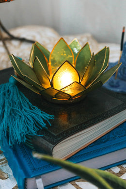 Sea Green Lotus Tealight Holder