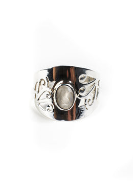 Curved Jali Band Assorted Stones Ring