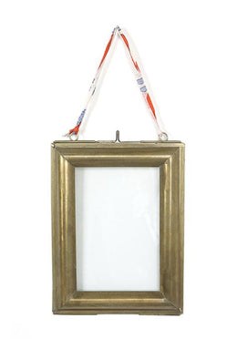 Gold Wall Photo Frame