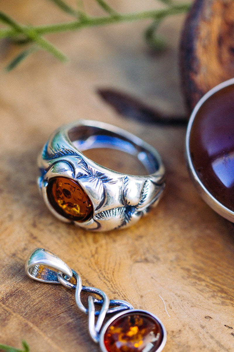Ornate Setting Silver Amber Ring