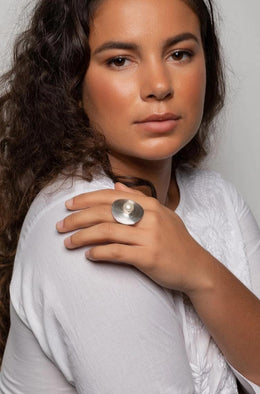 Freshwater Pearl Silver Shield Ring