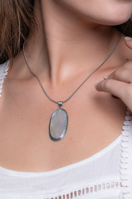 Large Oval Mother of pearl Silver Pendant