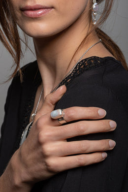 Freshwater Pearl Cut-Out Silver Ring