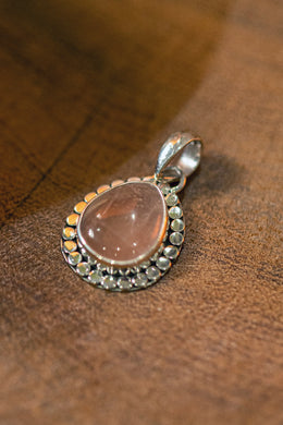 Rose Quartz Teardrop Wide Setting Silver Pendant