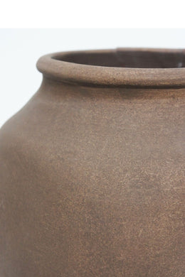 Textured Finish Cadha Ceramic Vase
