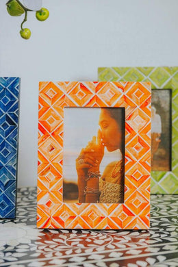 Bone Inlay Diamond Pattern Photo Frame