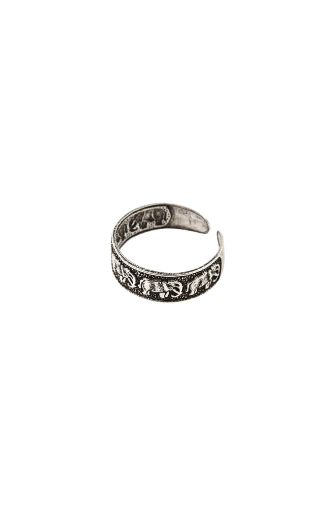 Elephant Walk Oxidized Silver Toe Ring