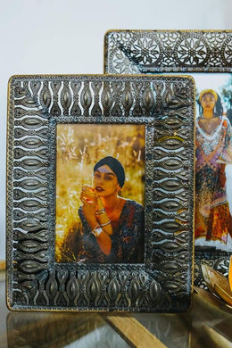 Metal Cut-Out Photo Frame
