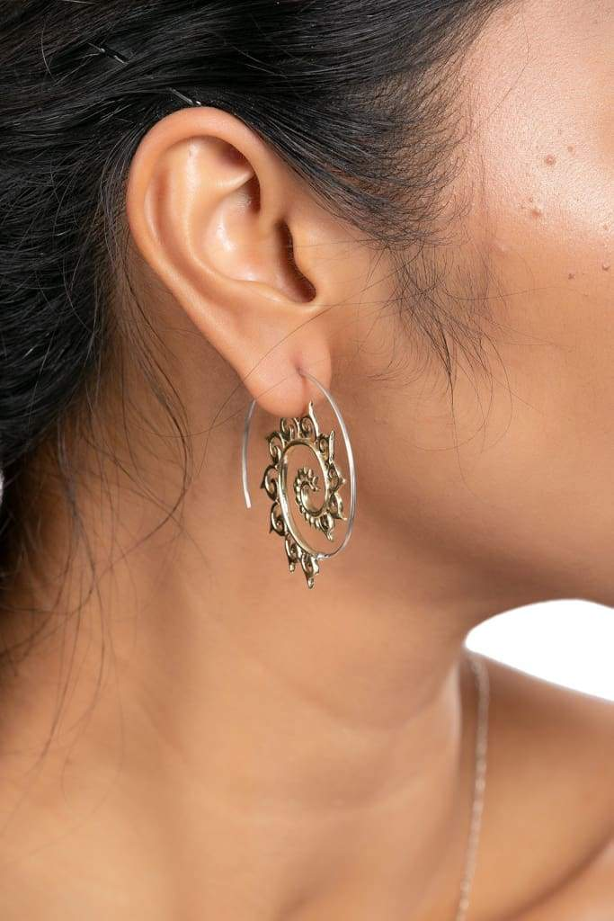 Spiral Wave Threaded Hoop Silver Earrings