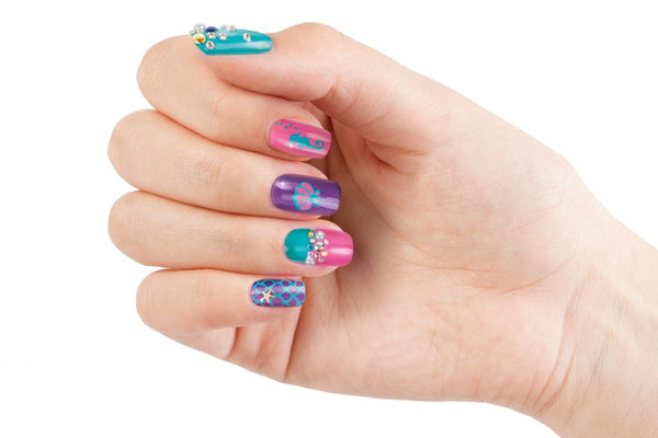 Paint & Sparkle Nail Art: Mermaid Spa
