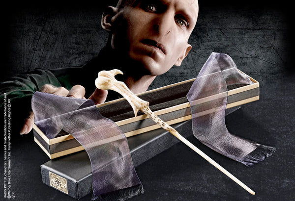 Lord Voldemort's Wand in an Olivanders Box - Harry Potter
