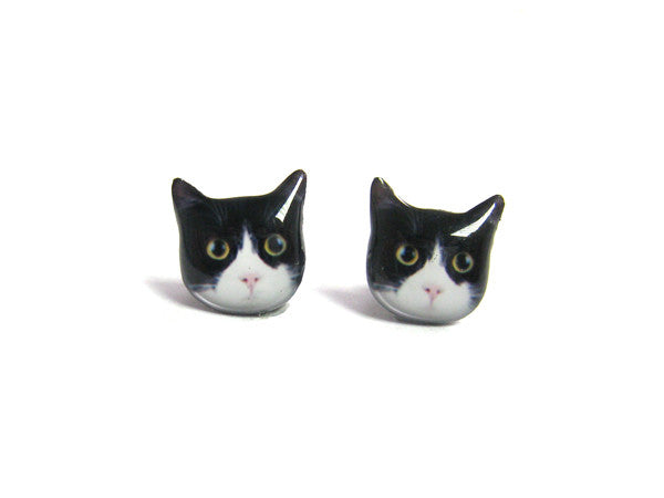 Black and White Round Eyes Cat Kitten Stud Earrings