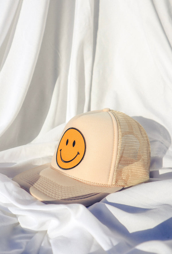 Keep Smilin' Hat - Tan