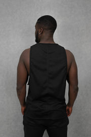 Essential Sleeveless-T Black