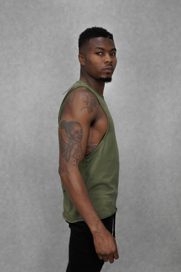 Essential Sleeveless-T Khaki Green