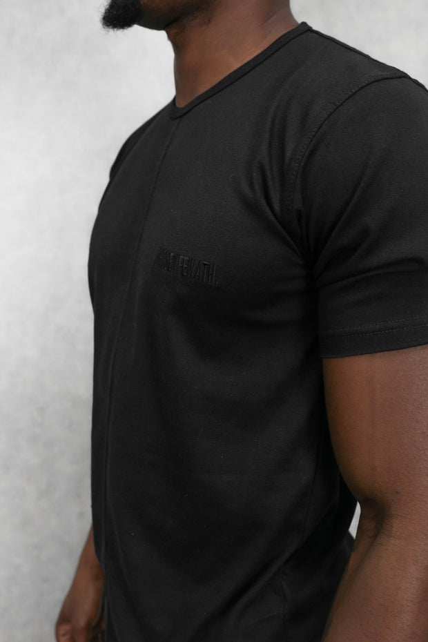 Essential T-Shirt Black