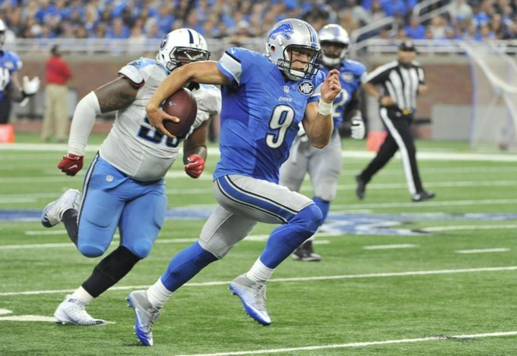 Idle Lions Move Into First Place in NFC North
