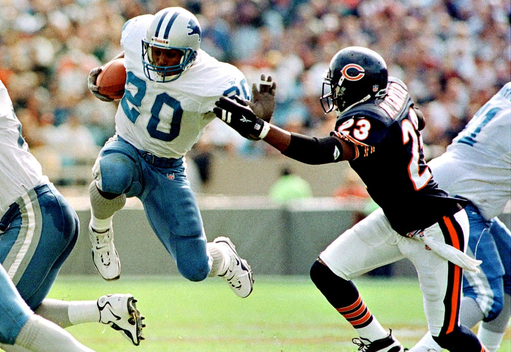 Back in the 90s, Barry Sanders dunked on fools