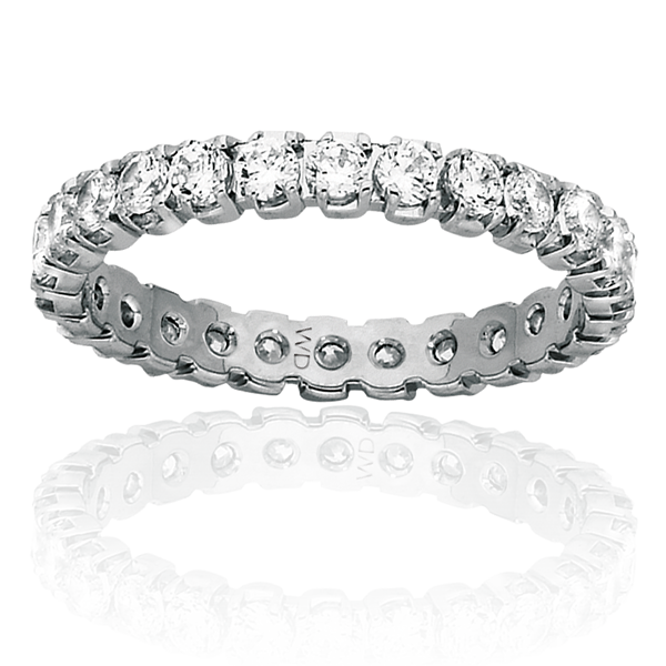 white gold ring with an endless circle of diamonds