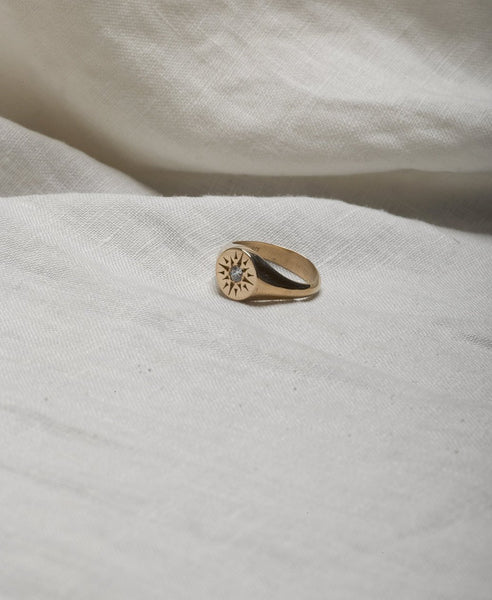 Meadowlark Ursa Signet Ring in Gold, set with a Diamond