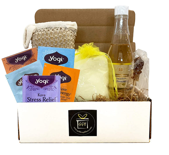 Creamy Vanilla Luxury Spa Gift Baskets for Women - Bubble Bath, Bath Salts, Teas, Sponge + More (Classic Collection, 9 pieces)