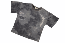 Load image into Gallery viewer, Style 004 Oversized T-Shirt