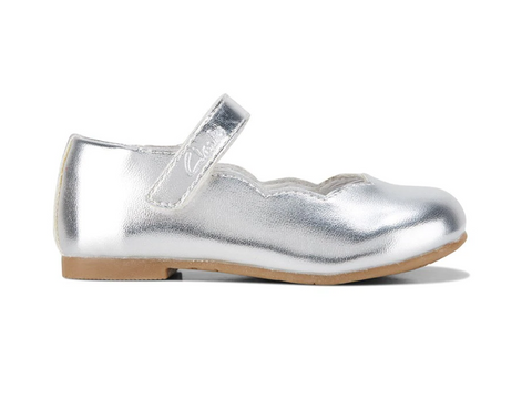 2ca2be781 Clarks AUDREY JNR in Sliver.  59.95 AUD. Clarks DISCO Rose Gold Glitter