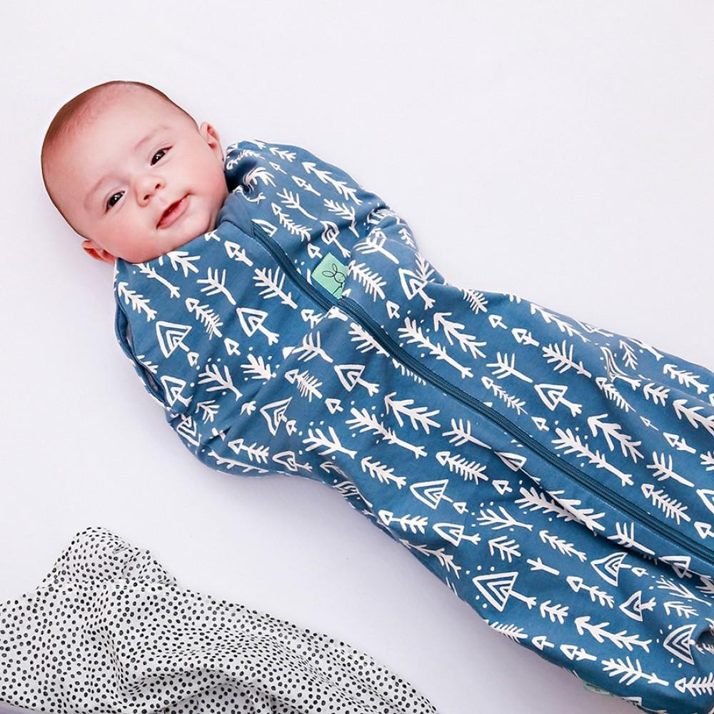 Ergo Cocoon 0.2 tog Swaddle in Midnight arrows