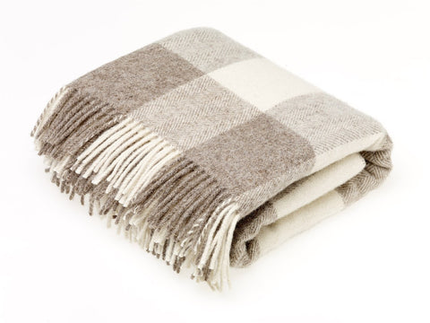 Chal Lambswool 135x195 Checkaboard Beige Abraham Moon