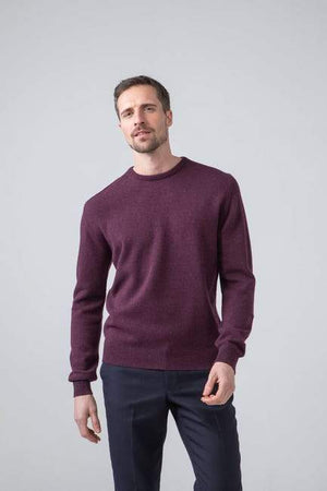 Sweater Round 100% lambswool Black Grape Johnstons