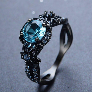 Vintage Black Gold Aquamarine Ring