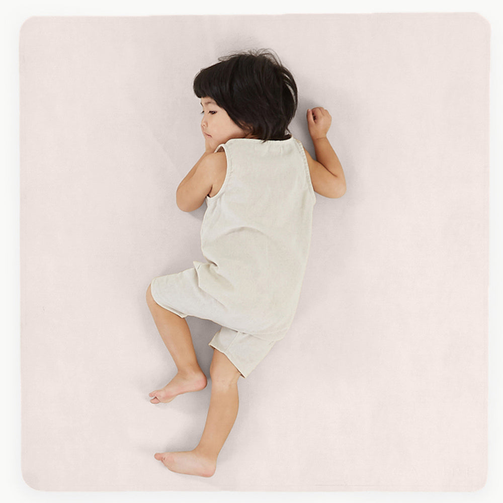 Gathre Mini Leather Highchair Mat, Tummy Time Mat, Playmat in Chiffon