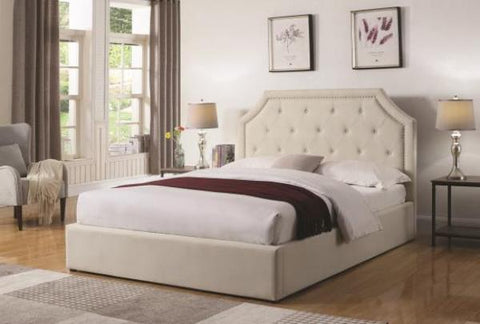 Hermosa Queen Tufted Bed