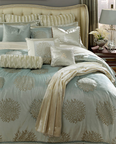 Harlington Comforter Set