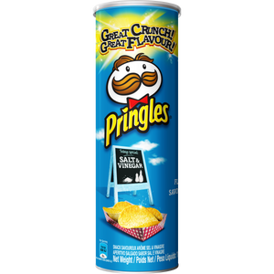 Pringles Salt and Vinegar flavoured savoury snack 110g
