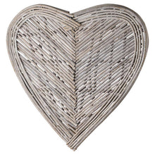 Load image into Gallery viewer, Large Wicker Heart