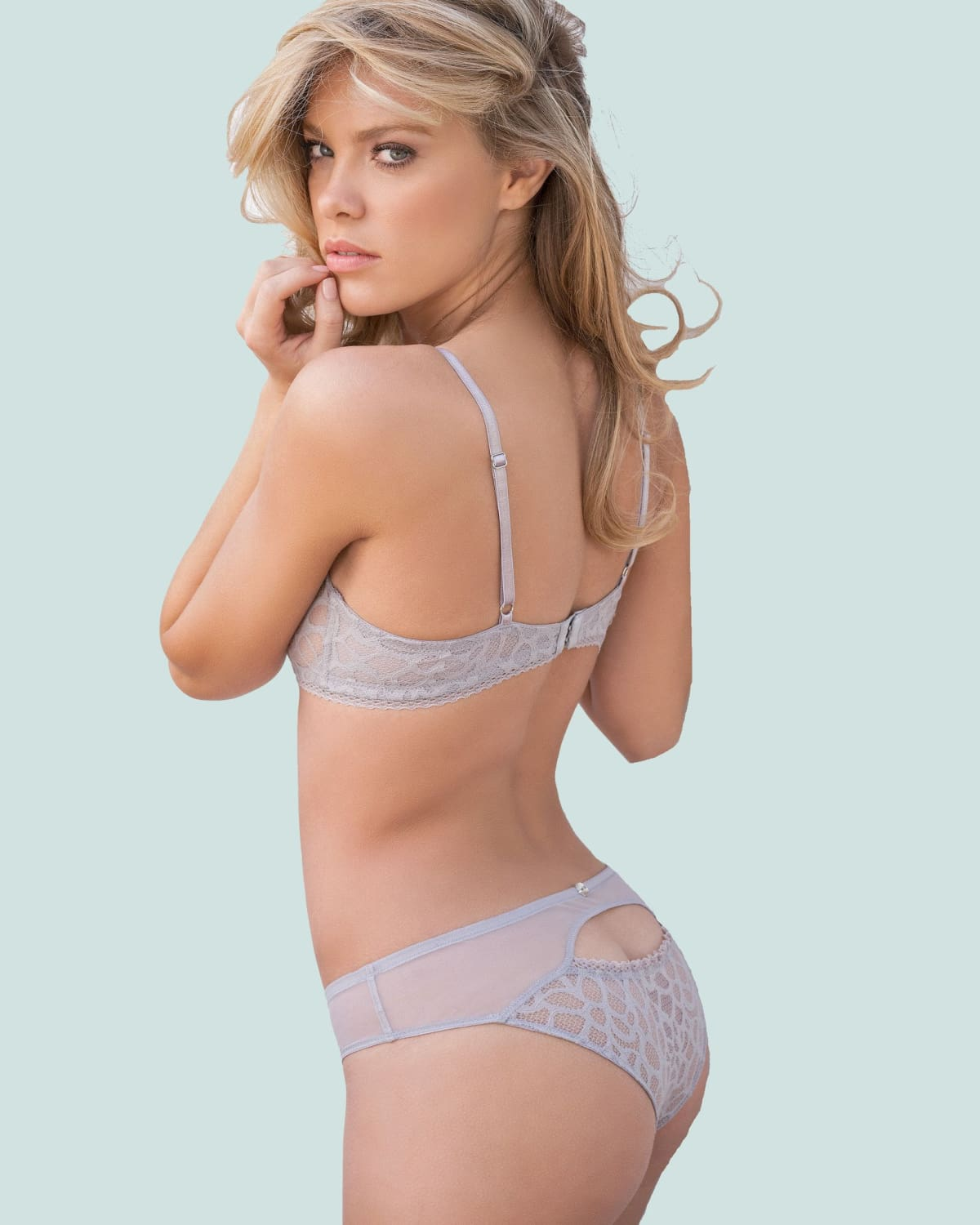 CHOOSING THE BEST STUFF OF YOUR ATTRACTIVE LINGERIE