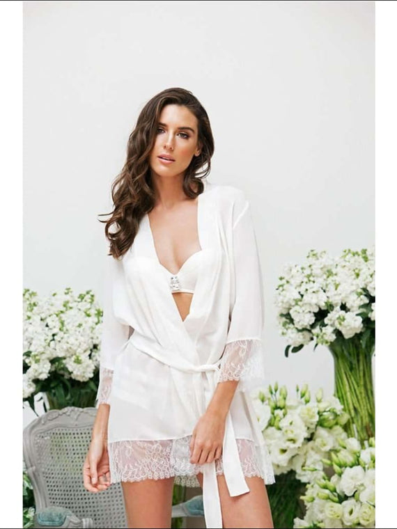 Adorn Les Dessous -Luxurious Silk Georgette And Lace Robe - Ivory / Xs - Robes Lingerie Theory Lingerietheory.com