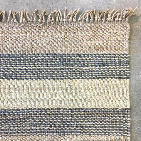 WHITSUNDAY GREY STRIPE RUNNER