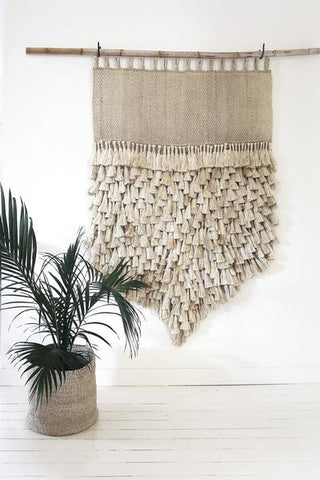 JUMBO JUTE WALL HANGING -NATURAL WITH TASSELS