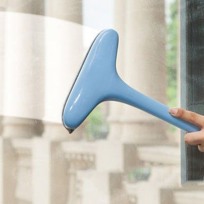 screen cleaning tool with a removable long handle