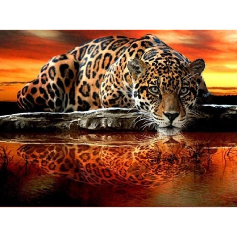LZAIQIZG Official Store Diamond Painting Animal Panther Lake Diamond Embroidery Full Set Diamond Mosaic Rhinestone Decorations - Diamant Zen