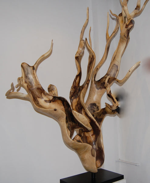 Hibiscus Wood Horn Stand