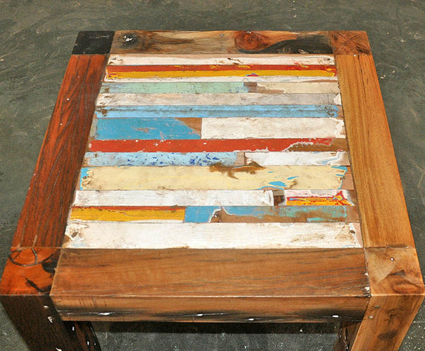 Coffee Table Finger 24x24 - #111