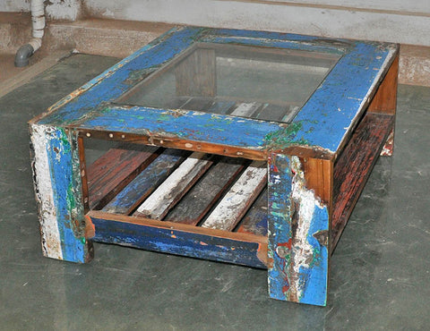 Coffee Table with Glass 32x32 - #131