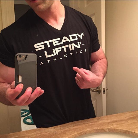 BLACK STEADY LIFTIN' V-NECK