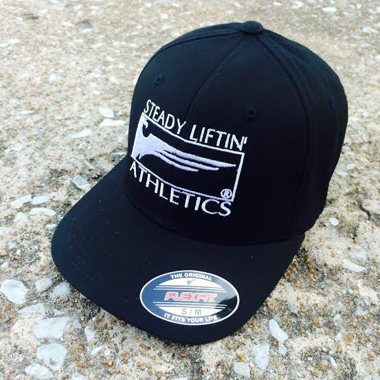 BLACK STEADY LIFTIN' ATHLETICS FLEXFIT® HAT